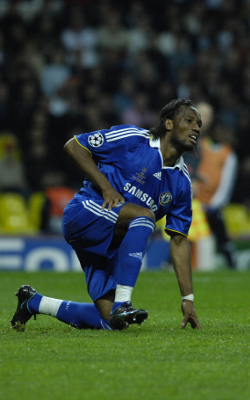Drogba, rehearsing the end