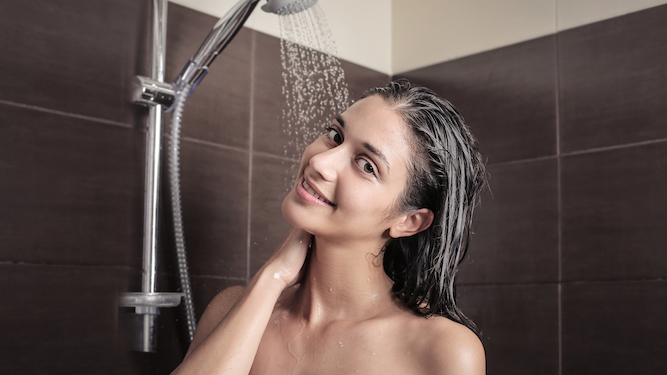 Woman admits they all piss in the shower